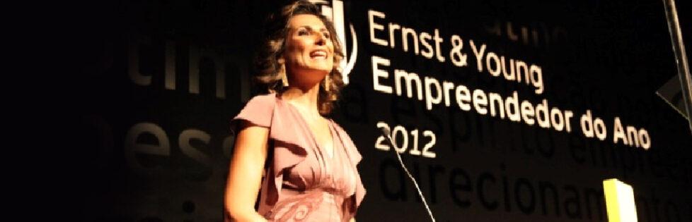 Jaqueline Dalabona apresenta a Premiação dos empreendedores de 2012 promovido pela Ernest Young