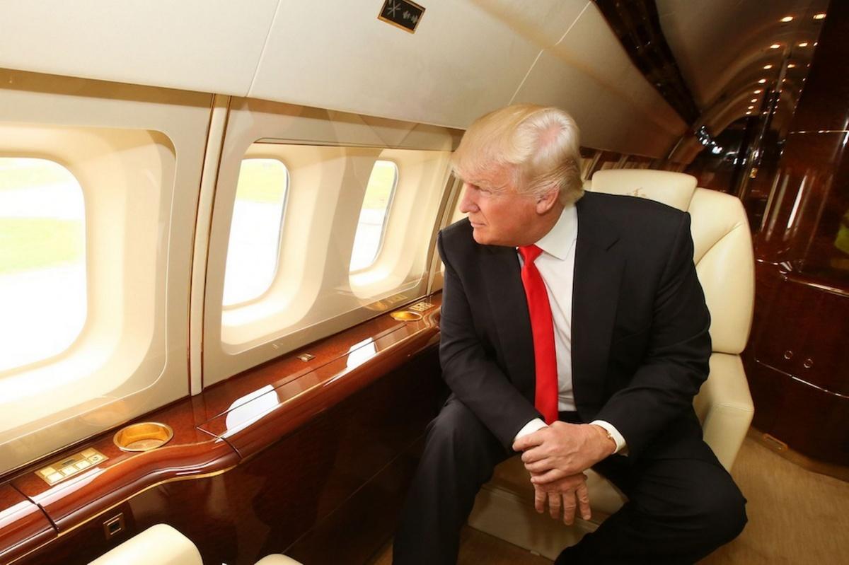donald-trump-inside-his-private-jet