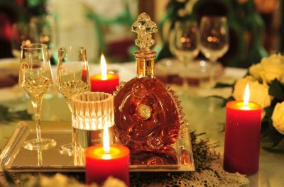 9 Louis XIII cognac and hand cut Baccarat crystal