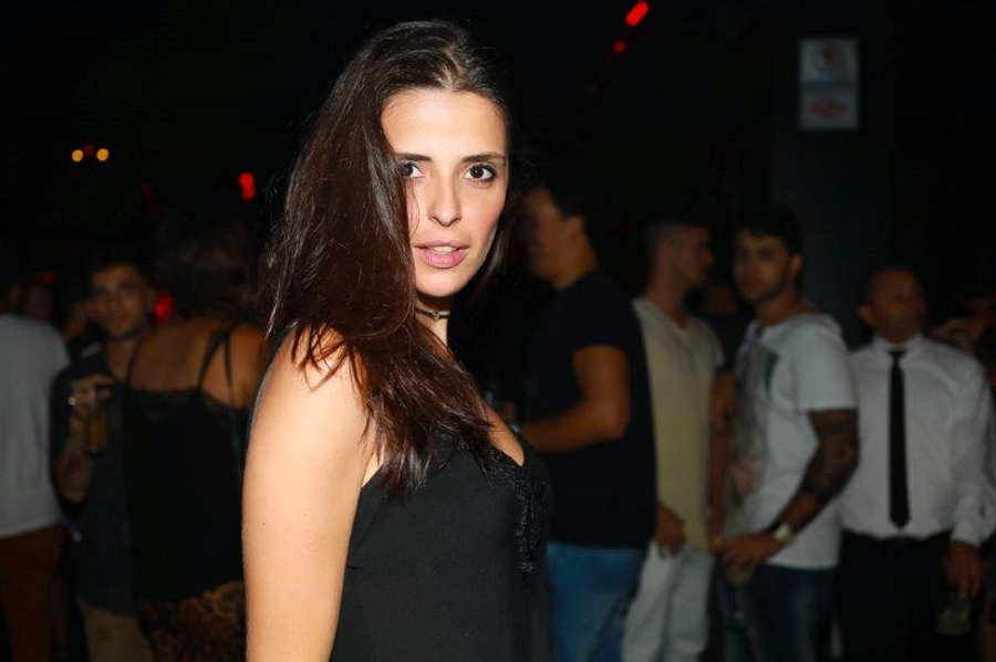 Maria_Rosa_Rojo