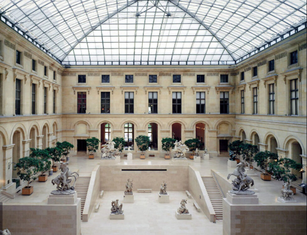 The-Louvre-museum-Paris-Cour-Marly