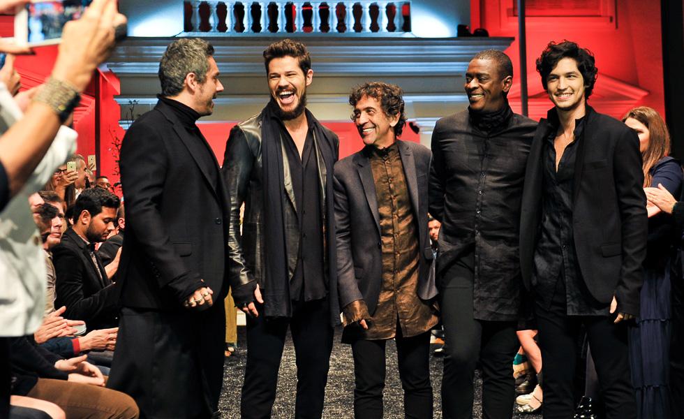 Alexandre Nero, José Loreto, Ricardo Almeida, Seu Jorge e Gabriel Leone