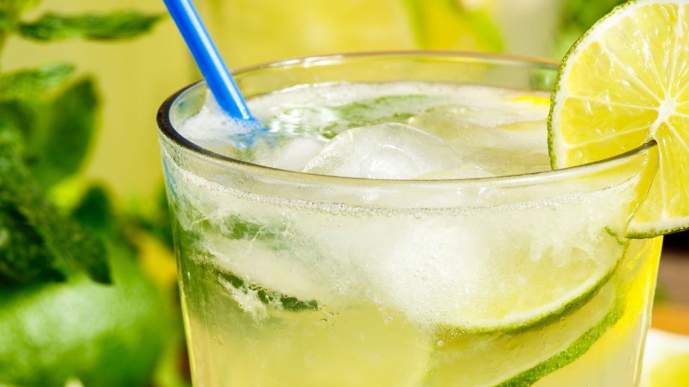 limonada-agua-de-rosas