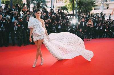 kendall-jenner-cannes-2017