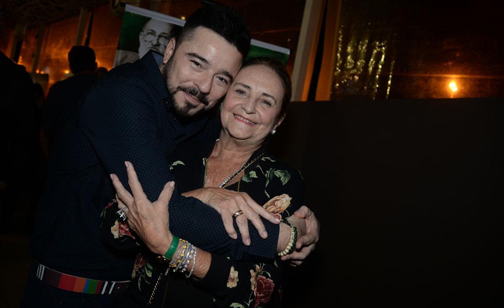 Carlos Tufvesson e Lucinha Araujo (Foto: Juliana Rezende/ Reprodução)