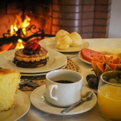 Café-da-Manhã-no-Hotel-&-Golf-Clube-dos-500-clacri