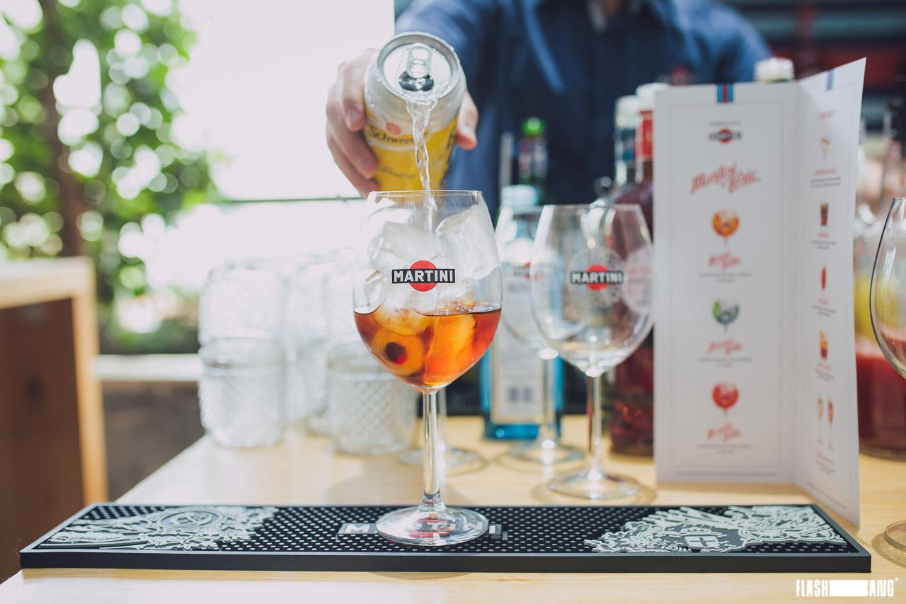 Drinque do momento na Europa, feito à base de Vermute Martini e água tônica (Foto: Divulgação)