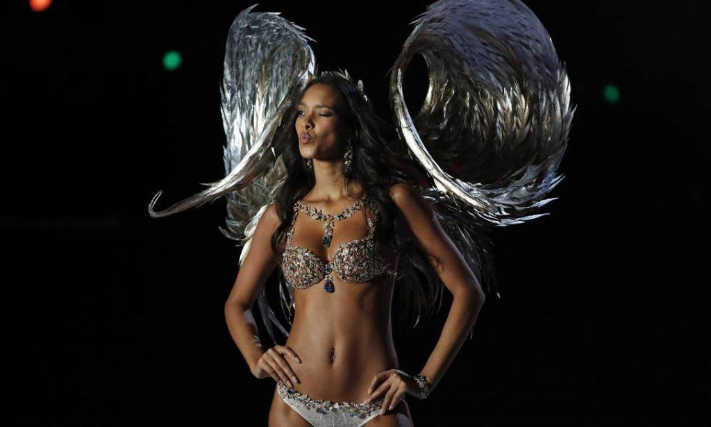 Lais Ribeiro usou um sutiã avaliado em 2 milhões de dólares II Fotos Guetty Images