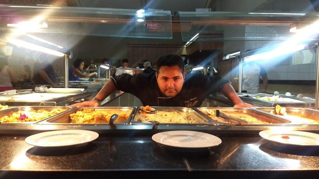 Chef de cozinha Clau Ferreira levou a cozinha mediterranêa para o restaurante  La Barceloneta do Nobile Resort thermas de Olimpia - Foto: Ricardo Corona -Cla Cri