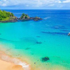praia-do-sancho-em-fernando-de-noronha-e-a-melhor-praia-do-mundo-segundo-tripadvisor-1488849726684_v2_900x506