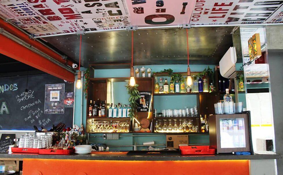 Viela-Bar.1